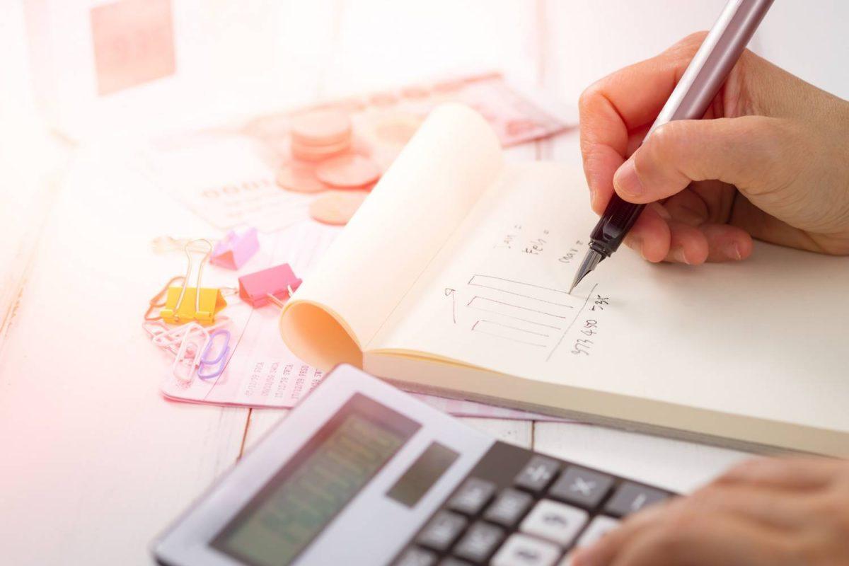 Dlaczego warto korzystać z pomocy księgowych?